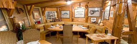 Houseboat Restaurant Zabar Ambience